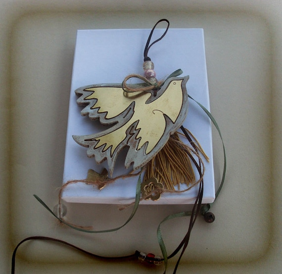 WOODEN DOVE / Lucky Charm / Picasso Inspired Art