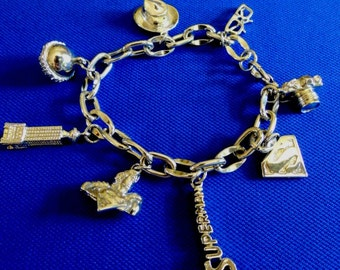 Superman DC Comics Silvertone Charm Bracelet - 8 great charms - Seriously Rare - Very Fun!