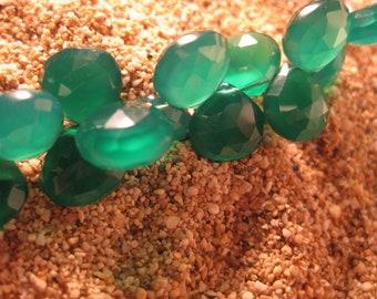 AAA Green Onyx Heart Briolette 20 Beads