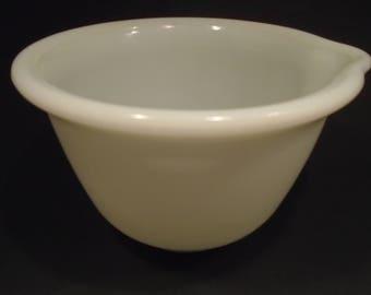 Hamilton Beach Pyrex White Milk Glass Mixing Bowl #2