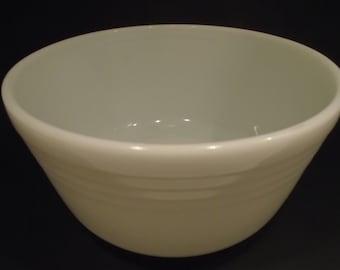 Pyrex  White Ribbed Milk Glass  Round Serving Mixing Bowl  #15