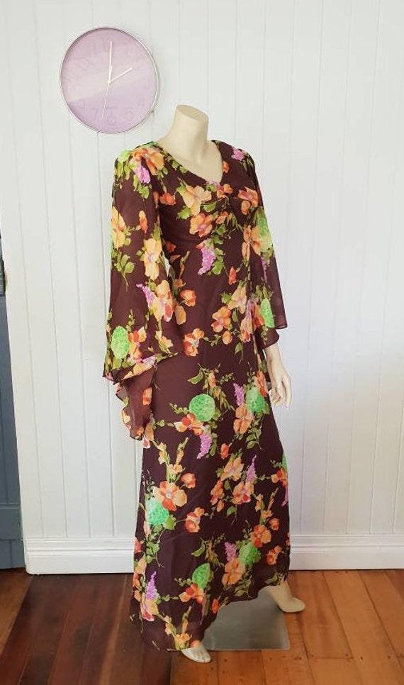 Vintage Belvera Fashions bell sleeve maxi dress