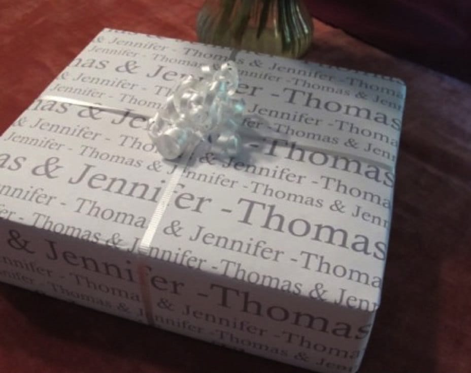 Wedding Gift Paper: Personalized Wedding Gift Paper Wrapping Paper : Bride And