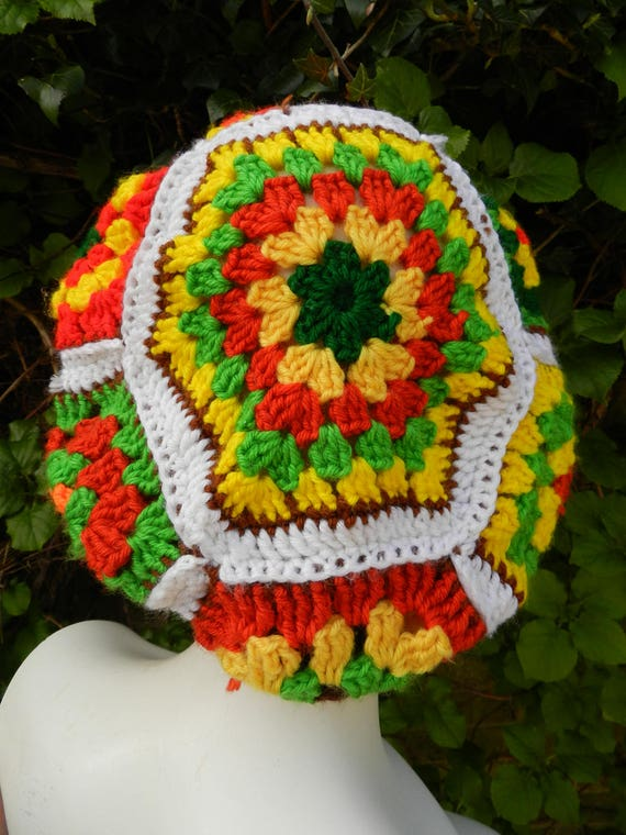 60s 70s WOOL acrylic hand knitted granny square kn