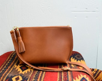 Everyday Leather Zip Cross-body  / Leather Purse / Leather Crossbody Bag/ Handmade leather Cross body / Zippered Purse