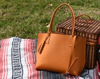 Small Everyday Tote -Leather Tote - Handmade leather purse - Leather purse / Leather Totebag