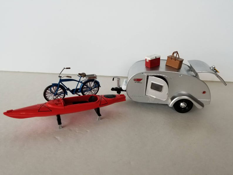 1947 Ken Skill Tear Drop Camper Travel Trailer Bike And Canoe Etsy