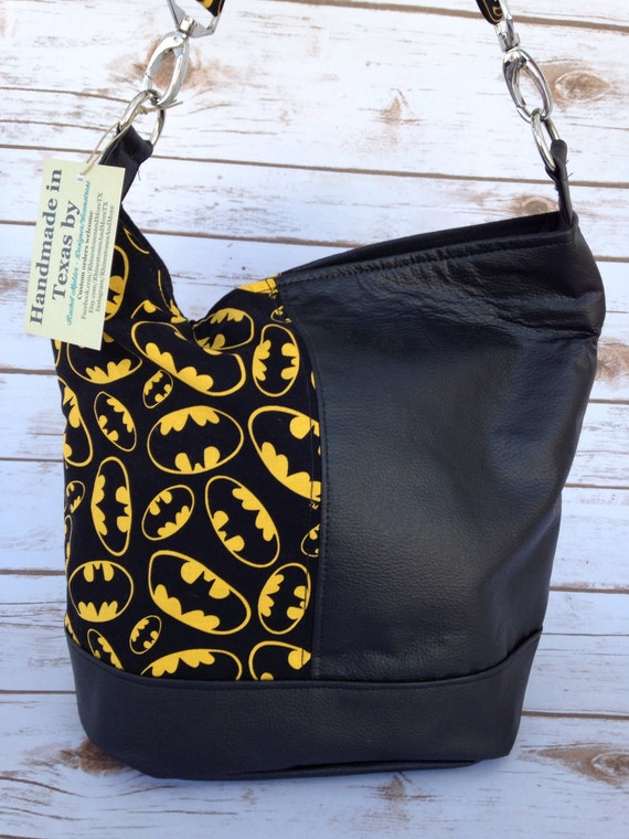 5a6d951bac9 Batman Purse Swoon Bonnie pattern   Etsy