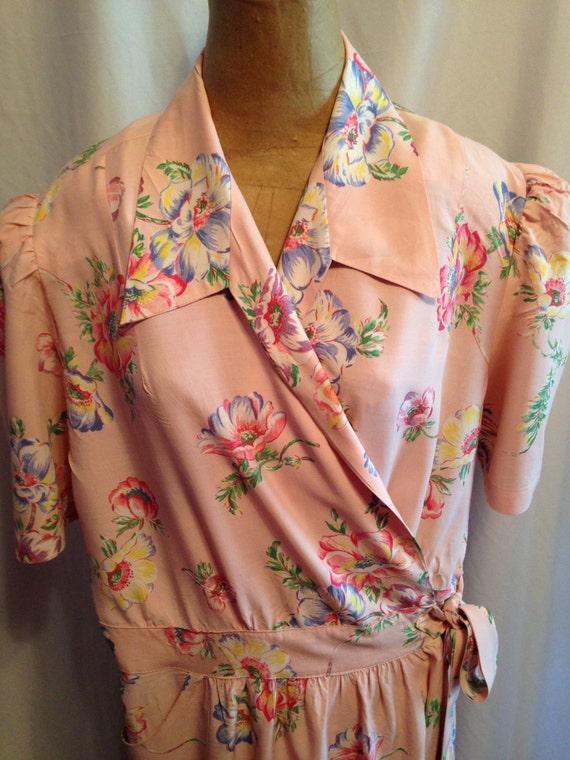 1950's Pink Floral Wrap Dress