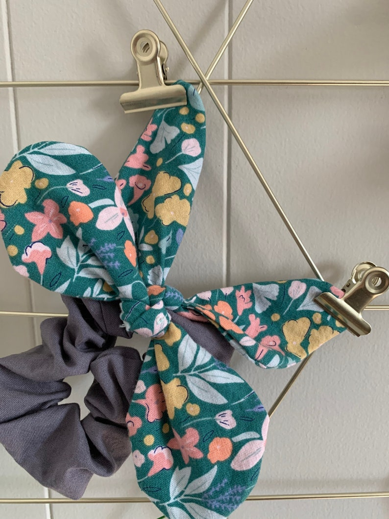 scrunchie mustard white set of 4 Butterfly floral spring navy green