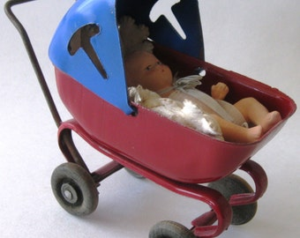 Vintage 1920's Wyandotte Toy Baby Buggy with Baby and Wood Wheels ~ Toy Carriage ~ Toy Stroller