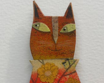 "Brooch ""Cat shirt red and gold"""