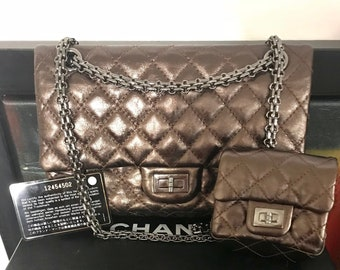 4594d8bb5768a9 BRAND NEW limited edition reissue Chanel 2.55 metallic bag with detachable  mini purse