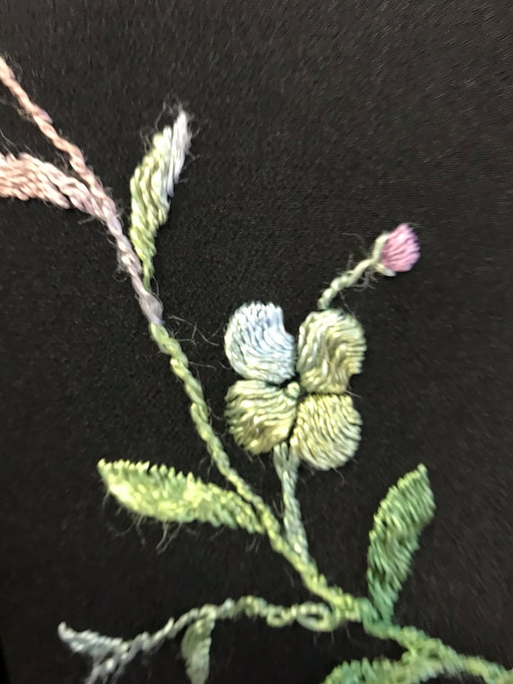 REDUCED - Wonderful 1920's/30's black embroidered… - image 5