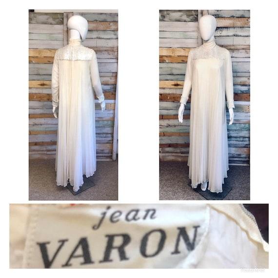 Jean Varon wonderful sparkly white/pearlescent seq