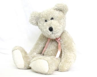 Hillary Boyds Bear Vintage Collectible stuffed plush White Bear jointed
