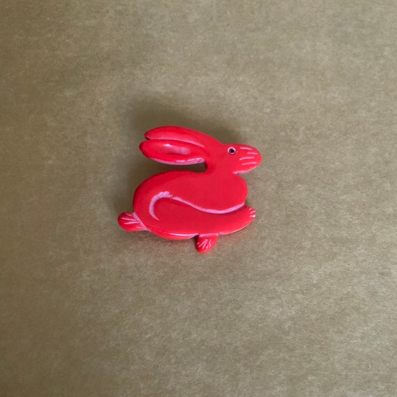 1940's red «rabbit» brooch.