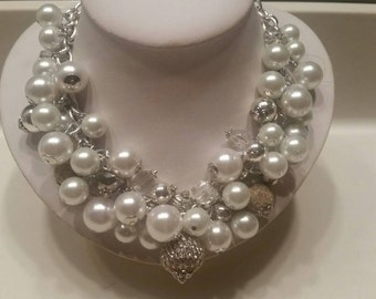 Divine Pearls: Perfect Cluster of Pearl & Rhinestones