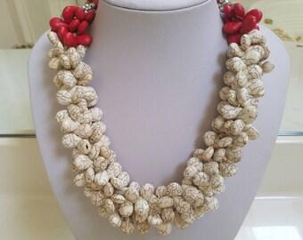 Divine Cream Teardrop Necklace