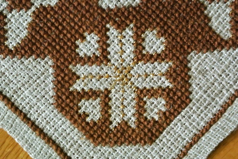 Exellently well done vintage 1960s handmade tablet with darkbrowngold cross-stitch Christmas buck snowflake embroidery on beige Aida linen