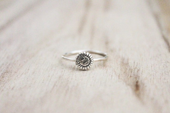 Sunflower ring, sterling silver ring, sun flower ring, flower rings, floral ring, fall ring, sterling silver ring