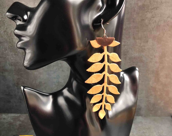 Vine Elegance Leather cascading Earrings, Real Leather Jewelry, Lightweight Earrings, Metallic Earrings, Statement Errings