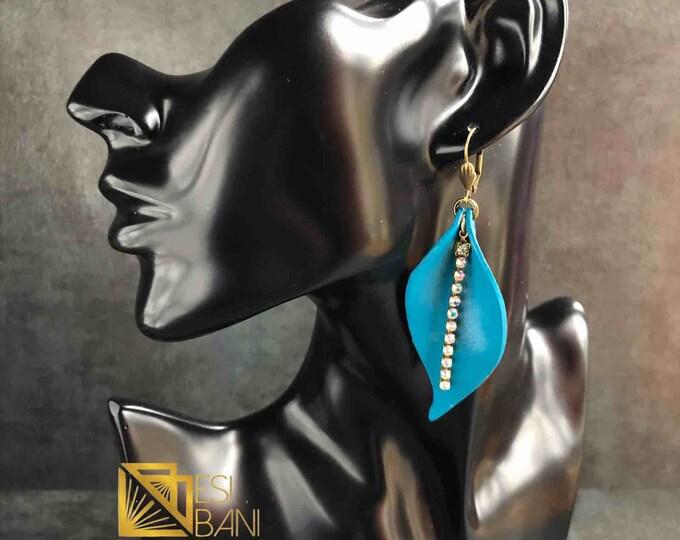 Calla Lily Leather Earrings, Real Leather Jewelry, Lightweight Earrings, Metallic Earrings, Statement Errings