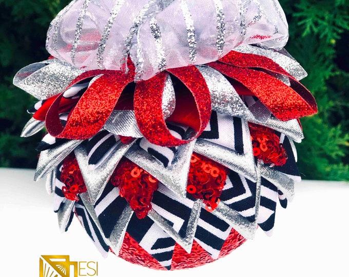 Santa Mudcloth n Sequin African Print  Christmas Ornament, Round Quilted Fabric Ornament,  Royal Ornament, Ankara Ornament SKU KCO1007
