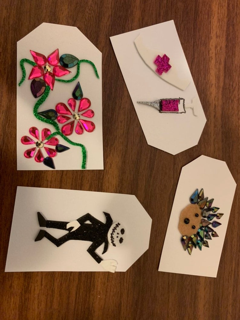Braille Gift Tags - Tactile gift tags with your choice of tactile image for  birthdays and holidays  Braille 'To' and 'From' on back of tag