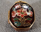 Vintage Yellow Gold Tone Brass Jewelry Trinket Pill Hinged Box Locket Pendant Charm Multi Colored Enameled Cloisonné Asian Style 2049