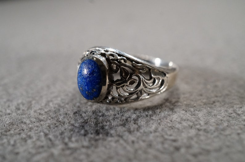 Size 6 Vintage Serling Silver Band Ring Oval Prong Set Lapis Fancy Scrolled Filigree Design Setting Victorian Style