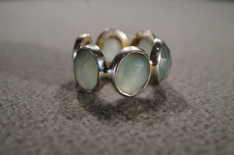 Vintage Sterling Silver Wedding Eternity Band Stacker Design Ring 6 Oval Bezel Set Green Chalcedony Classic Art Deco Style Setting Size 6.5