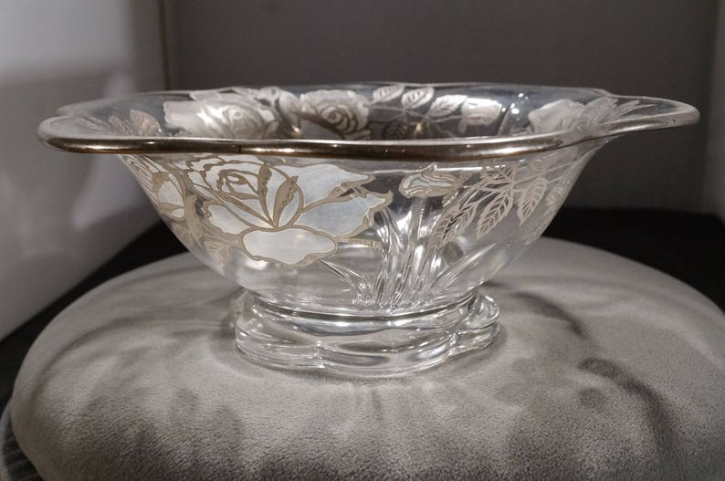 Vintage Early American Depression Glass Bowl Center Piece Sterling Silver Flower Leave Design Scalloped Edged Victorian Style Home Decor