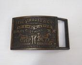 Vintage boucle de ceinture Levi Strauss, laiton boucle Levis San Francisco 9fd789c4920