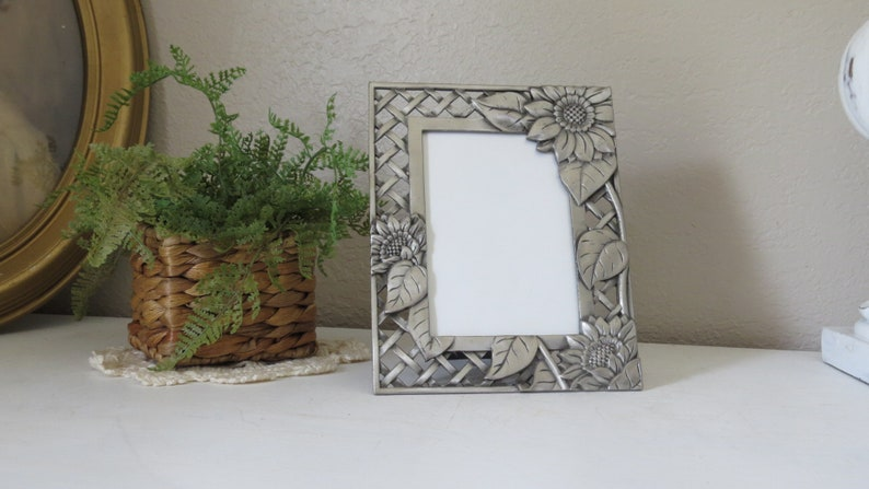 Charming Floral Picture Frame with Sunflowers Metal Pewter