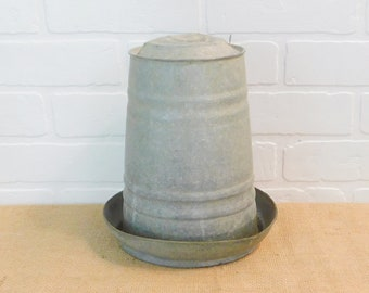 Vintage Chicken Poultry Water Feed Container Farming Upcycle Farm Garden Planter Pet Supplies