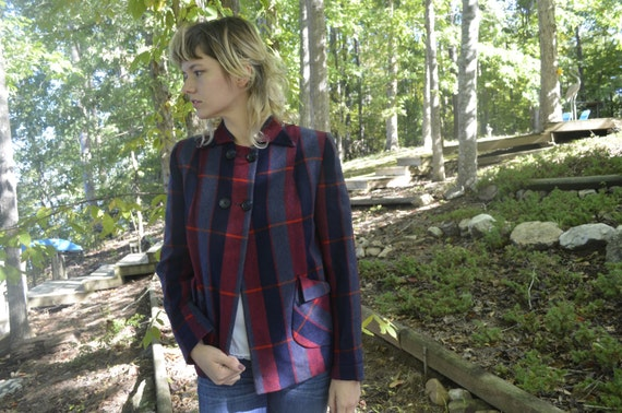 Perfect Vintage Fall or Winter Blazer  Boxy Loose