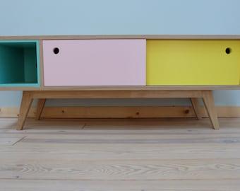 Custom creation // Small storage string for nursery