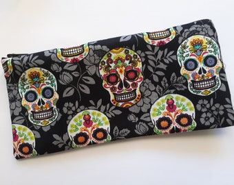 Case pencils or makeup - skull patterns - black and multicolor