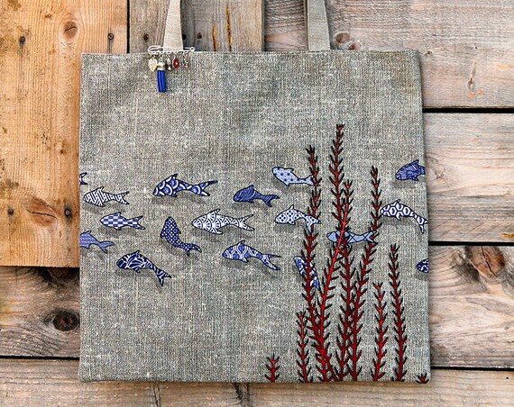 "Tote bag in natural linen lined and illustrated ""fish tiles"""