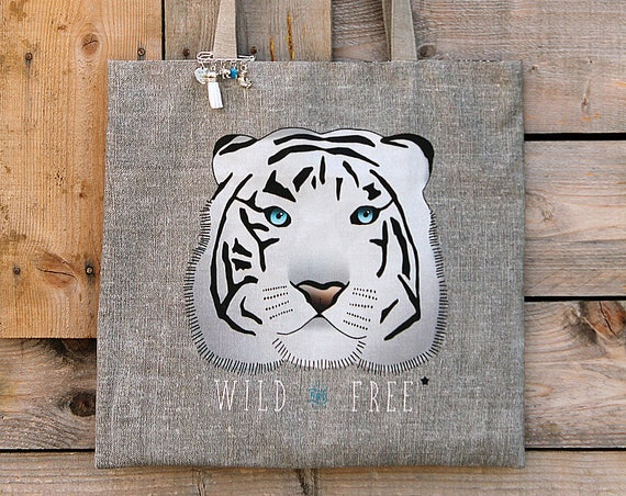 "Tote bag in natural linen lined and illustrated ""White Tiger - wild and free"""