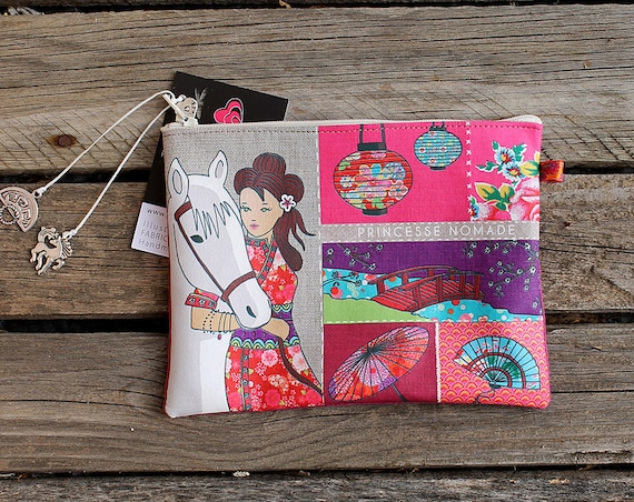 """Princess nomad"" illustrated natural linen pouch"