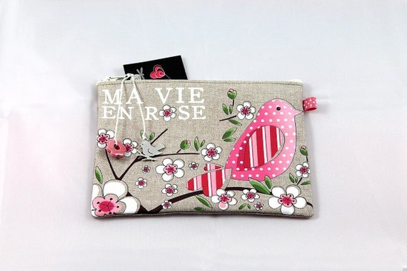 "Shown in natural linen pouch ""my vie en rose"""