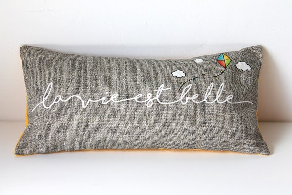 "Cushion for yoga and meditation ""life is beautiful"""