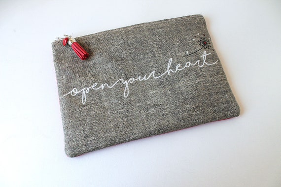 """Open your heart"" linen bag"
