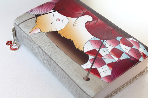 """Pocket Book protector in linen illustrated """"cat & wool balls"""""""