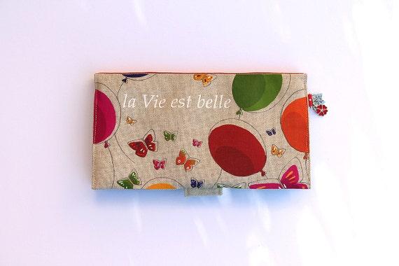 """Door checkbook in illustrated natural linen """"life is beautiful"""""""