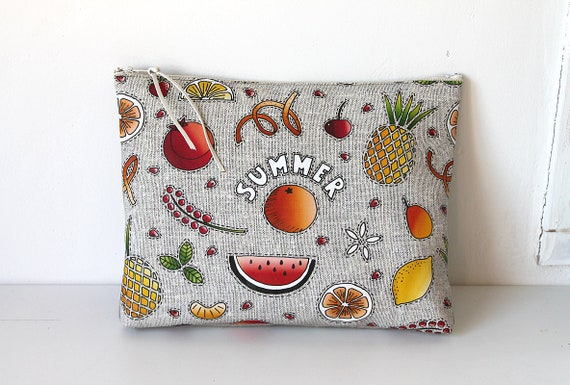 "Large illustrated pouch ""Summer fruits"""