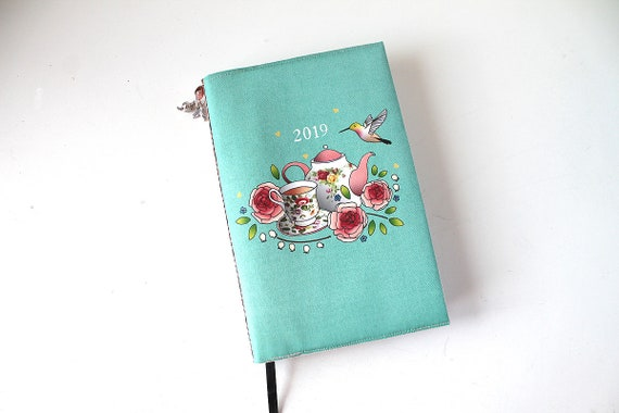 "Agenda 2019 dressy linen and illustrated ""Hummingbird and old roses"""