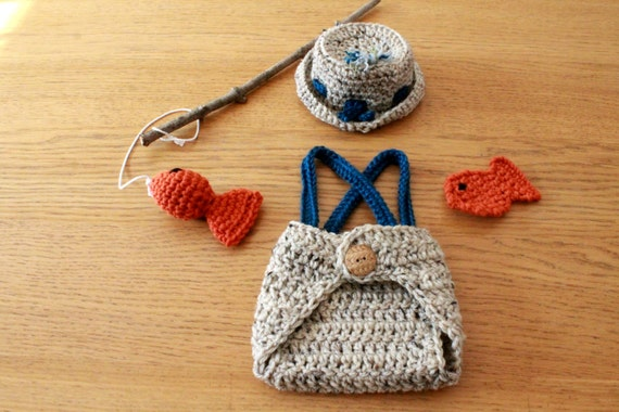 Diaper Cover and Fish Props. Newborn Crochet Newborn Fishing Hat Baby Fisherman Photo Prop Outfit